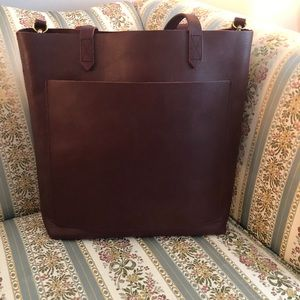 Madewell Medium Transport Tote in Cabernet.